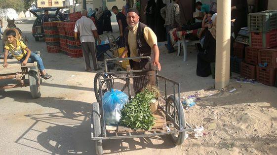 دعم الاسر الفقيرة في شهر رمضان (سلات غذائية ) – 2014